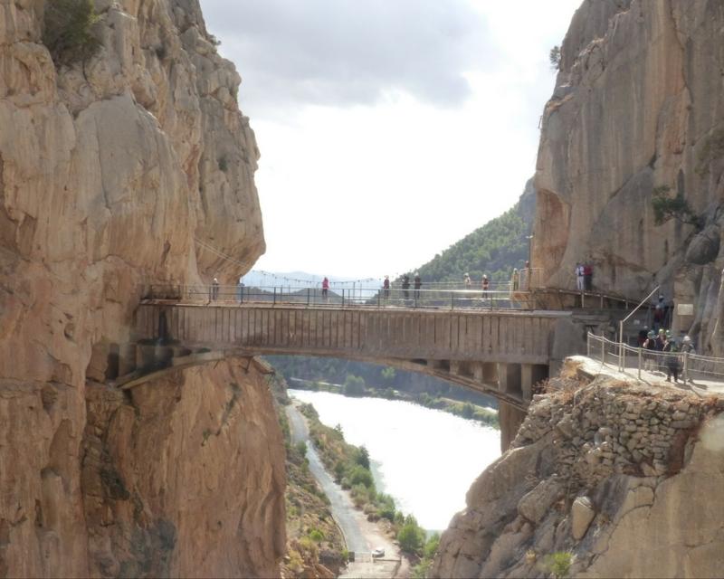 caminito-del-rey7-canas-kilos-estilo
