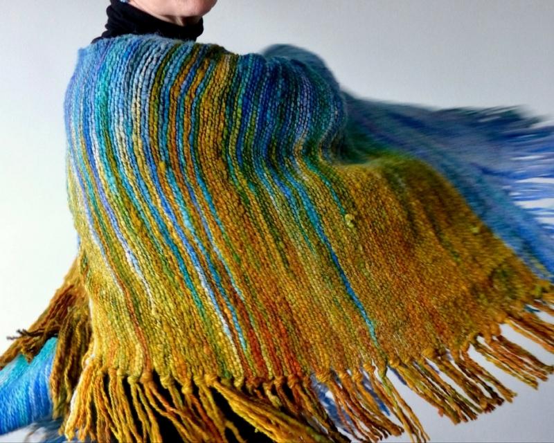 castigos canas kilos estilo blog de moda mayores de 50 poncho ruana